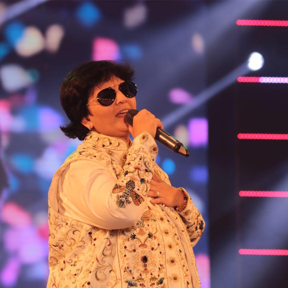 This Navratri Dandiya Queen Falguni Pathak is ready to make you groove