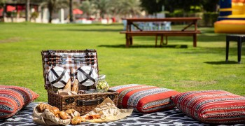 Bab Al Shams Desert Resort & Spa 360̊ Nature Brunch