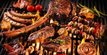 Meridien Village Terrace: BBQ Fridays